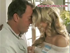 Hot blondese in hotel room sex