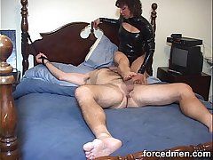 Mistress hardens horny man'_s cock just overwrought teasing it through the end