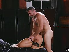 Sex-mad blonde in stockings has her pussy nailed hard