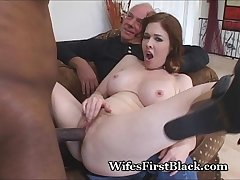 Wife'_s Pussy Squeezing Black Cum Out